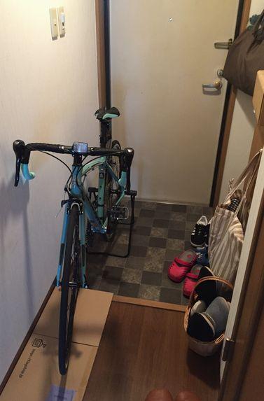ロードバイク 玄関